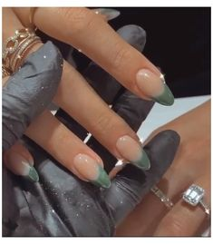 Simple Acrylic Nails, Almond Acrylic Nails, Best Acrylic Nails, French Tip Acrylic Nails, Acrylic Nails Green, Colored French Nails, Colored Nail Tips, Winter Acrylic Nails, Pastel Color Nails