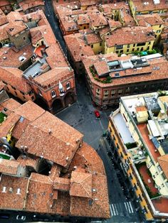 """Another view from the top of the Asinelli tower - """"Bologna, Italy – A Traveler's Triathalon"""" by @SuuperG"""