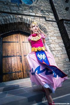 Character: Princess Zelda / From: Nintendo's 'Legend of Zelda' Series / Cosplayer: Akuriko