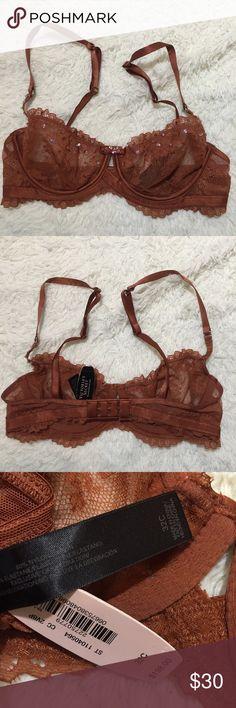 32C 🎄🎁 VS 32C Designer Collection Bra, Unlined Victoria's Secret Intimates & Sleepwear Bras