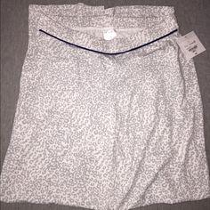 Liz Claiborne Classic Cat gray sleepwear Brand new with tags!!! Never used Liz Claiborne Classic Cat gray sleepwear Liz Claiborne Intimates & Sleepwear