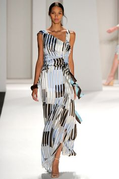 Multi colour long summer dress - Carolina Herrera Spring 2012 Ready-to-Wear Collection New York Fashion, Love Fashion, Runway Fashion, High Fashion, Fashion Show, Fashion Outfits, Womens Fashion, Fashion Design, Style Fashion