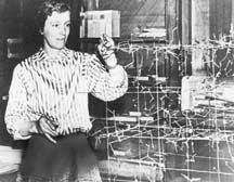 Dorothy Crowfoot-Hodgkin, uno de los más importantes cristalógrafos (independientemente del género) de la historia.