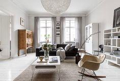 """132 mentions J'aime, 7 commentaires - HusmanHagberg Sthlm innerstad (@husmanhagberg_stockholm) sur Instagram: """"Fantastiskt kök & lyxiga sällskapsytor i våningen på Rörstrandsgatan 44. 3 rok om 105 kvm. Mäklare:…"""""""