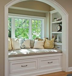 Who doesn't love a good nook...  #homeideas #hometour #housetour #bhg #remodel #remodeling #hgtv #betterhomes #design #interiordesign #homedecor #designer #interiors #roomdesign #remodels #beautiful #realestate #nook #decor #designed #homes #house #custom