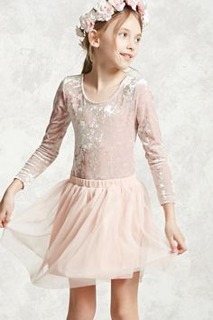 Forever 21 Girls - A tulle skirt featuring allover pleats, stretch-knit underlayer, and an elasticized waist.