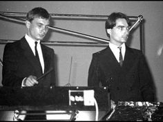 Kraftwerk - Klingklang (live in Denver, USA)