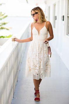 Wearing : Dress – Saylor, shoes – c/o Steve Madden, bag – Saint Laurent, earrings – Nordstrom, sunglasses – Céline, pajama set – Corey Lynn Carter