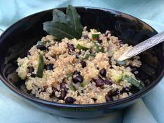 Quinoa fagioli neri e zucchine
