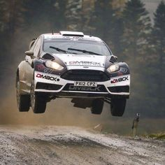 Estonians @otttanak and @raigomolder flying to second place @walesrallygb. Missing out on victory by just 10.2 seconds it was the closest finish of the year so far!! #WRC #WRGB #FordPerformance #FordFiesta #FiestaRS
