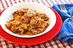 The Cooking Photographer: Skillet Lasagna with Italian Sausage and Vegetables
