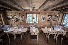 Chez Vrony Zermatt - Urig mit Bildern an der Wand, Kissen, viel Holz (ein kleines bisschen zu viel :))
