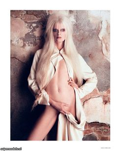Supermodels.nl Industry News - 'Kristen'...