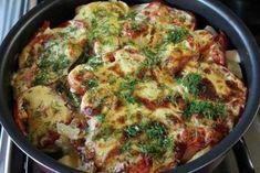 Очень вкусные молодые кабачки, запеченные с помидорами под соусом