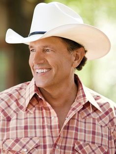 George Strait makes RodeoHouston history with special concert in 2013! Star  Pizza be loving us some George Strait! 10ef081eeb4d