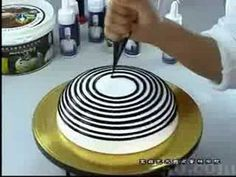 Cake Nghe thuat (1) - YouTube as someone who does pastries..i don't even know wtf just happen but its amazing 0.o