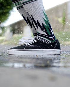 Les #shoes @vans_europe et les #socks @stancesocks sont disponibles sur hawaiisurf.com