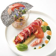 Fish Recipes, Gourmet Recipes, Salad Recipes, Chef Cuistot, Love Eat, Scampi, Aesthetic Food, Fresh Rolls, Food Styling