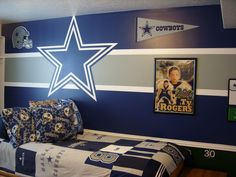 Cool Amazing Dallas Cowboy Bedroom Designs to Maximize your Private Room www.goodnewsarchi… The post Amazing Dallas Cowboy Bedroom Designs to Maximize your Private Room www.goodnews… appeared first on 99 Decor . Bedroom Themes, Bedroom Decor, Bedroom Ideas, Bedroom Designs, Garage Bedroom, Bedroom Wall, Lego Bedroom, Dream Bedroom, Dallas Cowboys Room