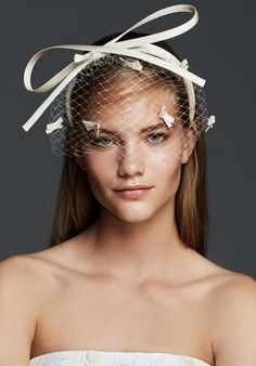 IGLOO, Satin couture headband with small veil and small appliqué snowflakes. Headpiece Wedding, Wedding Gowns, Bridal Veils, Max Mara Bridal, Wedding Hair And Makeup, Bridal Hair Accessories, Royal Clothing, Hair Pieces, Bridal Style