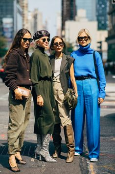 The Best Street Style at New York Fashion Week Spring 2020 New York Fashion Week Street Style, Spring Street Style, Cool Street Fashion, Fashion Casual, Uk Fashion, Fashion Weeks, London Fashion, Mode Dope, Fashion Business