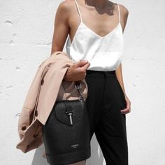 Find More at => http://feedproxy.google.com/~r/amazingoutfits/~3/OSuvjqm-ihI/AmazingOutfits.page