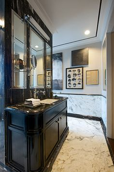 His Bathroom Vanity Washbasin behind the shower with a view at Apartment DNNW, Mumbai - Architecture BRIO, Mumbai / India