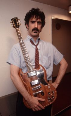 Frank Zappa and his very modified Gibson SG