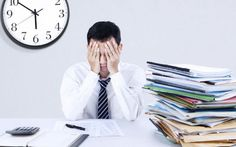 Al ritorno dalle vacanze arriva lo stress da rientro Le vacanze sono finite per molti arriva il momento dello stress da rientro.Ne soffrono sei milioni vacanze rientro stress benessere