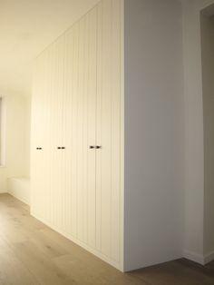 Inspiring Nail Art Ideas For Wedding Party Basement Closet, Build A Closet, Closet Bedroom, Modern Country Bedrooms, Modern Country Style, Built In Wardrobe Doors, House Doors, White Home Decor, Closet Designs