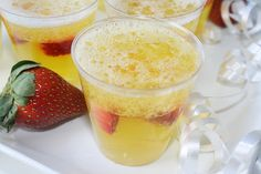 Champagne Jello Shots - They even 'fizz'. I might have to throw a NYE party just to have an excuse to try these!
