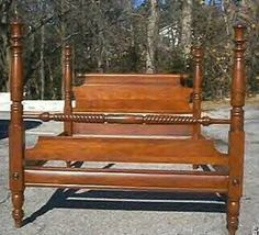 Willet Wildwood Cherry Four Poster Full Size Canopy Bed