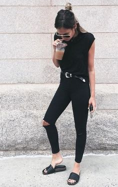 All-Black Outfit Ideas That Are Seriously Chic #bloodyfabulous www.bloody-fabulous.com A black outfit is the perfect canvas for a pop of color in your accessories.