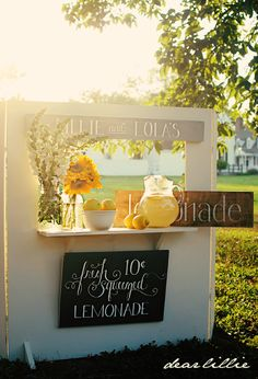 Beautiful lemonade stand by Dear Lillie. Follow the link for tutorial!