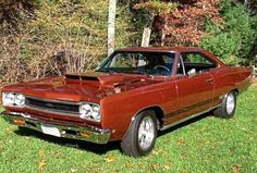 We love Muscle cars. Everything you need to know about Muscle cars. - For Daily Car News, Readers Rides, Daily best Muscle car buys. Plymouth Muscle Cars, Automobile, Plymouth Gtx, Dodge Chrysler, Us Cars, American Muscle Cars, Mopar, Cars Motorcycles, Vintage Motorcycles