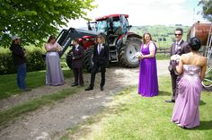 """""""Rural,Relaxed & Chatty"""" moment at Tom & Belinda's outdoors wedding day: Anthony T Reynolds Photography --- 0429090954"""