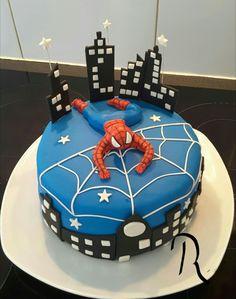 Spiderman pâte à sucre
