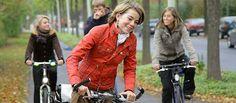 Veloinitiative - Veloinitiative Red Leather, Leather Jacket, Jackets, Fashion, Studded Leather Jacket, Down Jackets, Moda, Leather Jackets, Fashion Styles