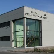 La Bodega. Ubicada en Valbuena de Duero, y abierta a que podáis visitarla y conocer todo el proceso de vendimia y guarda