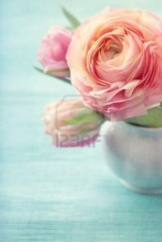 Shabby ranunculus bouquet