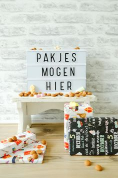 Sinterklaas quotes - Sint texts for letterboard & lightbox - A good story - Sinterklaas quotes – Sint texts for letterboard & lightbox - Advent, December Quotes, Dory, Cozy House, Letter Board, Texts, Diy Home Decor, Banners, Xmas