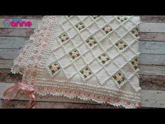 How to crochet easy blanket afghan free pattern tutorial for beginners Crochet Bedspread, Baby Afghan Crochet, Crochet Bebe, Tunisian Crochet, Afghan Crochet Patterns, Crochet Stitches, Free Crochet, Crochet Videos, Beautiful Crochet