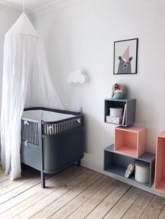 Skandinavisk design, homeware og tilbehør – er for mig Baby Bedroom, Baby Boy Rooms, Baby Boy Nurseries, Nursery Room, Kids Bedroom, Baby Room Grey, Room Baby, Childrens Room Decor, Baby Room Decor