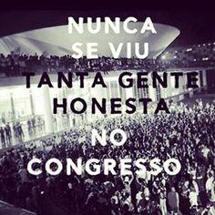 Brasil! Mostra a tua cara Quero ver quem paga Pra gente ficar assim Brasil !!!!!! Tenho certeza que este dia entrou para a história 17/06/2013*