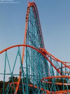 First hill of Titan roller coaster, Arlington,Texas