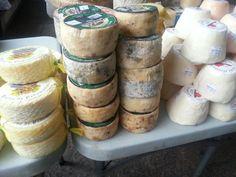 Peñamellera,  Beyos y Afuega en Mercado de Cangas de Onis