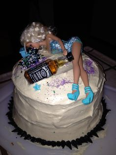32 Elegant Image Of Fun Birthday Cakes