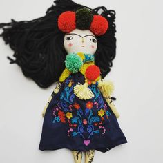 SOLD❤thank you so do much❤❤❤❤ check it out #fridakahlo #clothdollartist #clothdoll #dollartists #doll #ooak #perfectgift #thedollsunique #embroidery #christmasgift #dollmaker #tekstildoll #handmadedoll #etsy #simplepleasures #creativelifehappylife #embroidereddoll #dolloftheday #greatgift #dollsofinstagram #fridakahloinspired