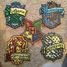 Hogwarts Crests, Hogwarts, Slytherin, Gryffindor, Hufflepuff, Ravenclaw