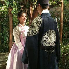 """sedin0820: 박보검오빠랑 손잡았다ㅠㅜㅜㅜㅠ ""sedin0820: I held hands with Park Bogum oppaㅠㅜㅜㅜㅠ"" """